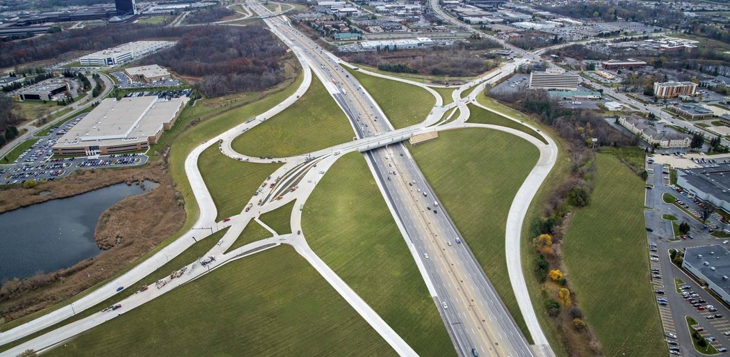 Diverging Diamond Interchange, Aerial View, Auburn Hills MI